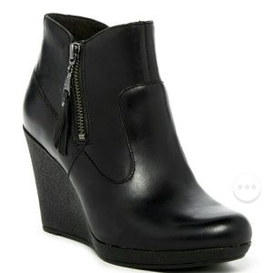 Ugg Meredith wedge bootie